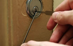 Door locks Oldham